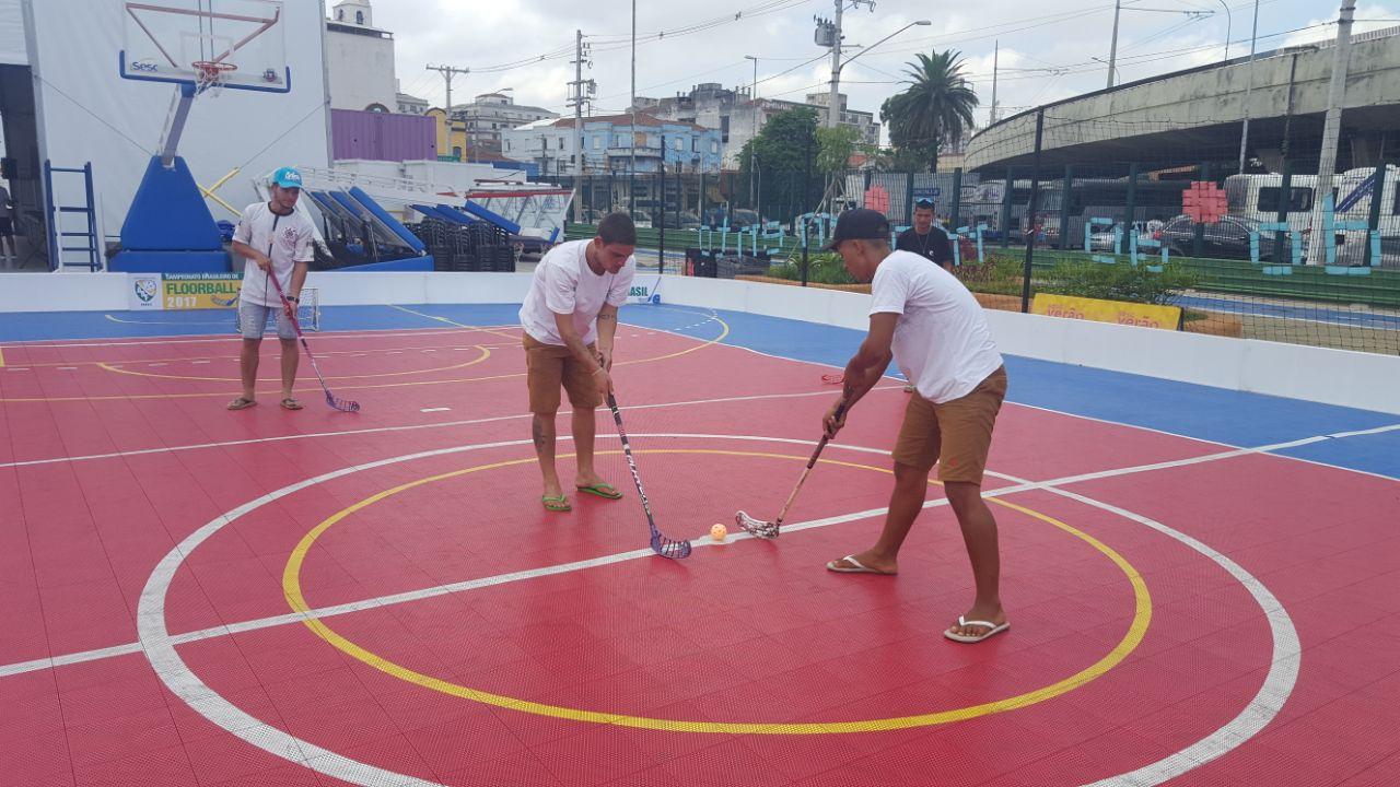 O floorball novamente um dos esportes escolhidos pelo SESC para o SESC  Verão. Nesse ano edeb02d69635d